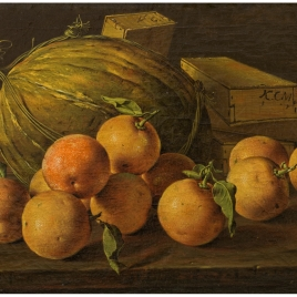 Bodegón con naranjas, melón y cajas de dulces