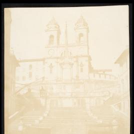 Escalinata e Iglesia de la SS. Trinidad del Monte. Plaza de España en Roma