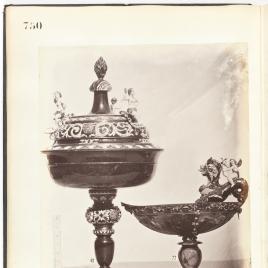 Vaso con varias figuras desaparecido y copa abarquillada de ágata con Cupido sobre un dragón