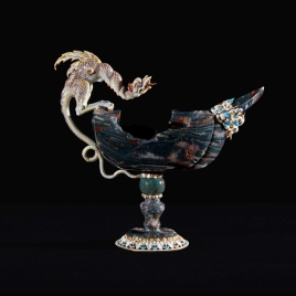 Jasper boat-shaped cup with a dragon