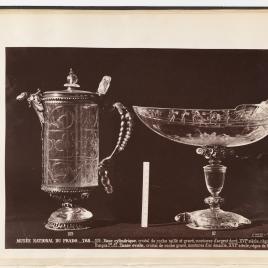 Jarro de cristal con tapa y barco de la tortuga