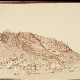 Vista de Alicante desde el muelle