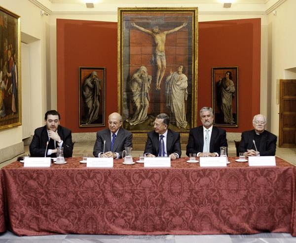 Patrimonio Nacional y el Museo del Prado colaboran en el estudio y restauración de El Calvario de Van der Weyden