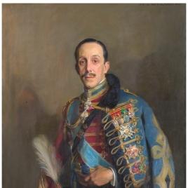 Alfonso XIII, con uniforme de húsar