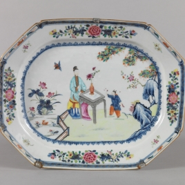 Octagonal Chinese porcelain platter. Dutch East India Company