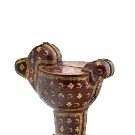 Case for gadrooned sardonyx cup with an eagle's head