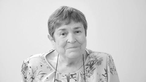 Manuela Mena, crystal clear