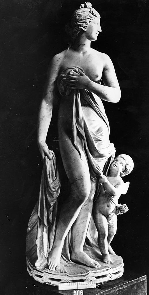 Venus y Cupido [José Ginés]