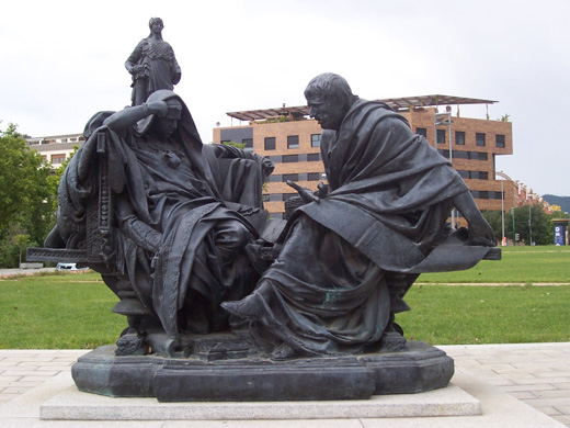 <p>Replica of&nbsp;<em>Nero and Seneca</em>, by Eduardo Barr&oacute;n, in C&oacute;rdoba</p>