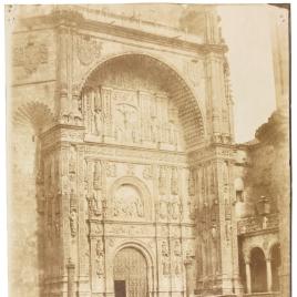 Fachada de la Iglesia de San Esteban en Salamanca