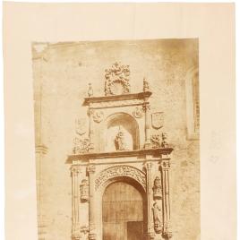 Puerta del Convento de las Dueñas en Salamanca