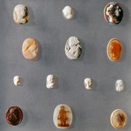 Camafeos de vasos desaparecidos