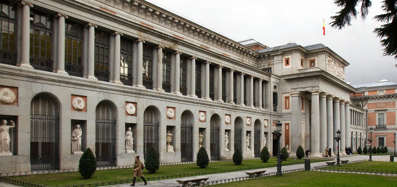 <em>El edificio Villanueva: Historia revisada de una arquitectura de museo</em>