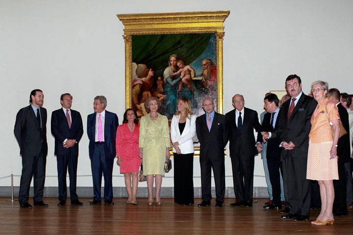 """S.M. la Reina de España inaugura la exposición """"El último Rafael"""""""